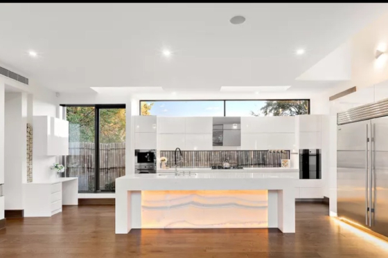 french-provincial-home-kitchen